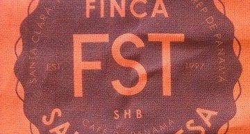 The famous bag. Photo: @fincasantateresa