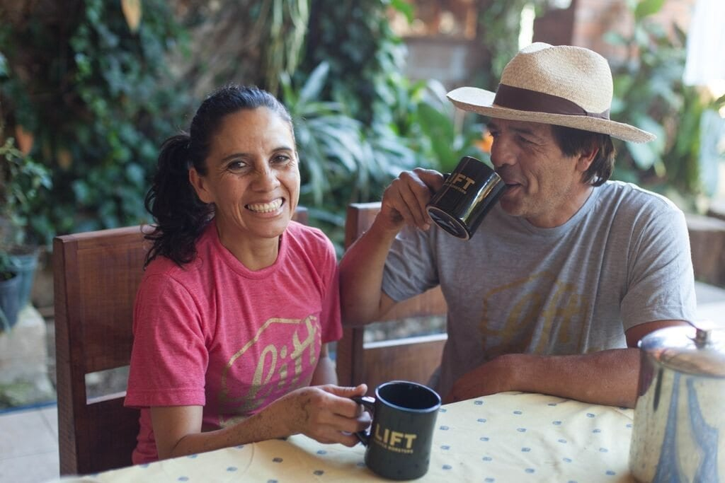 couple drinking coffe
