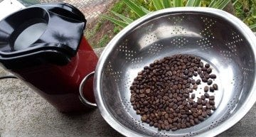 How to Home Roast Coffee: Popcorn Maker Air Popper Style