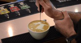Christmas Themed Latte Art: 2 Must See Videos