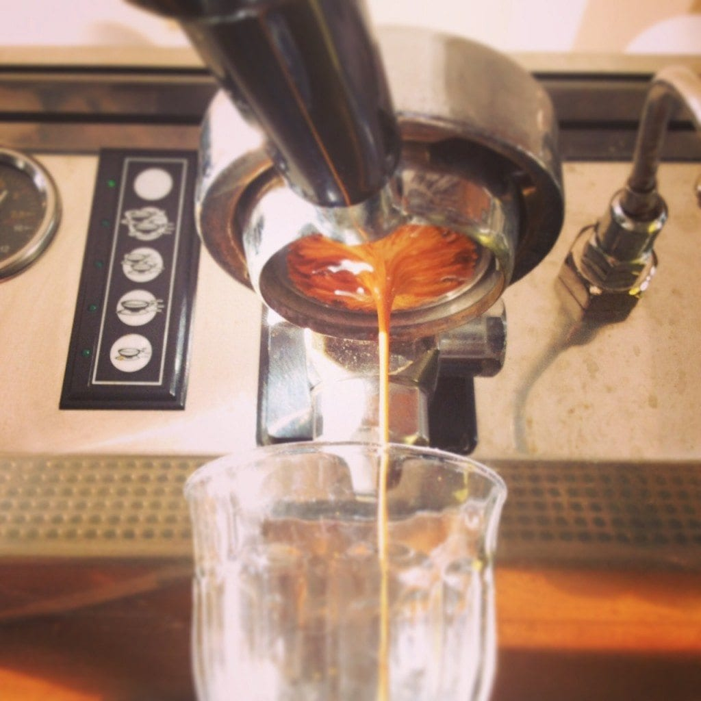 naked portafilter extraction