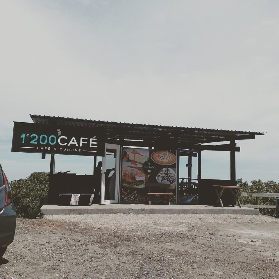 1,200 Cafe in san salvador