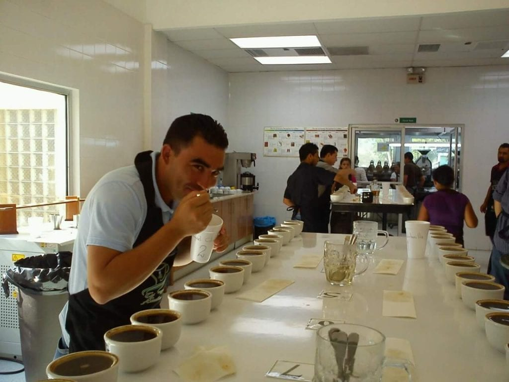 Exequiel Colindres cupping coffee