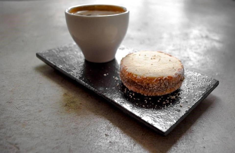Coffee and cake at Matraz Café