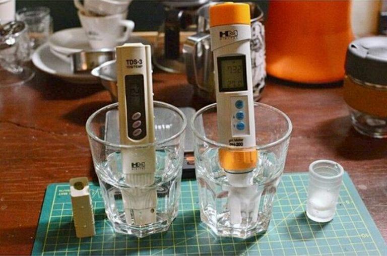 描述: testing water for tds