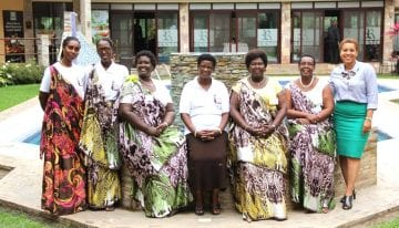 8 Pasos para Construir Equidad de Género en la Cadena Mundial de Suministro de Café
