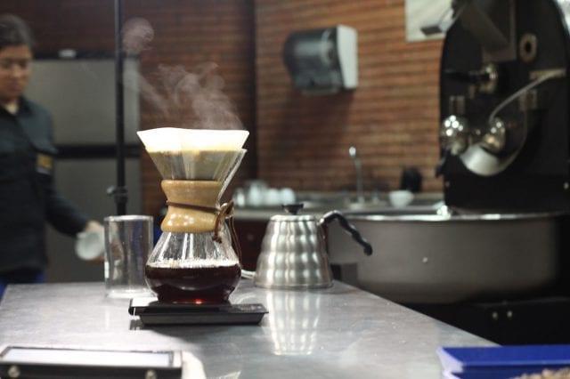 قهوهی موج سوم چیست و چه تفاوتهایی با قهوههای اسپشالیتی دارد؟