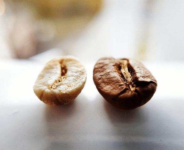 granos de cafe tostados