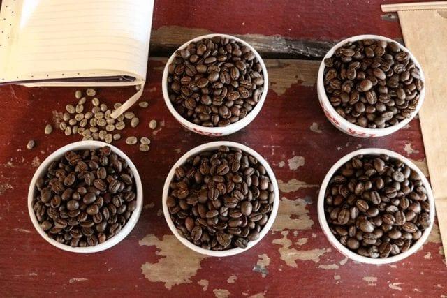 Cafés con diferentes tuestes