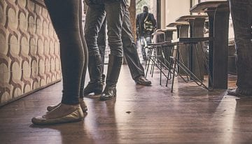 ¿Pocas Ganancias? 6 Formas de Generar Ingresos en tu Tienda de Café