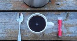 Guerra de Cafés: ¿Deberías Tomar Café Instantáneo o en Grano?