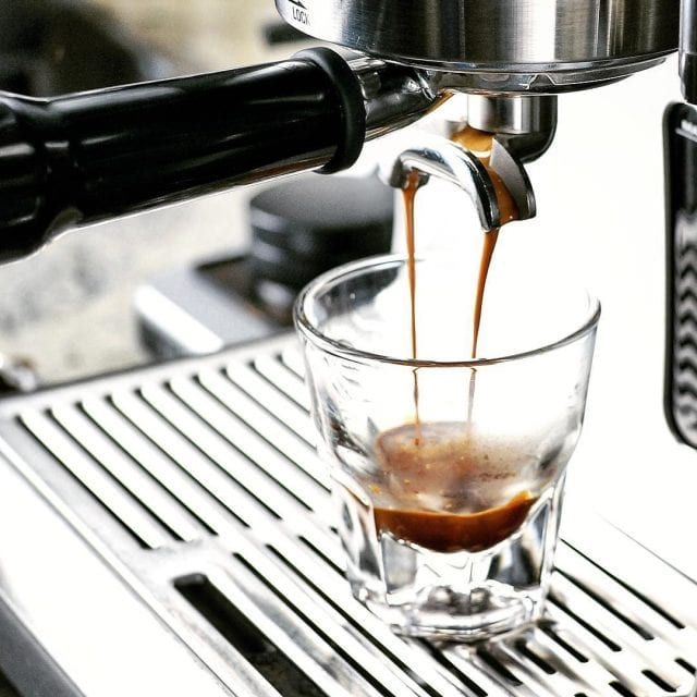 pulling a espresso