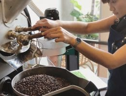 A Roaster's Guide to Creating Coffee Blends