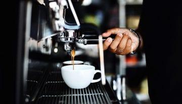 Guía para Tiendas de Café: Cómo Instalar Una Máquina de Espresso