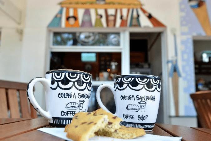 galletas y cafe