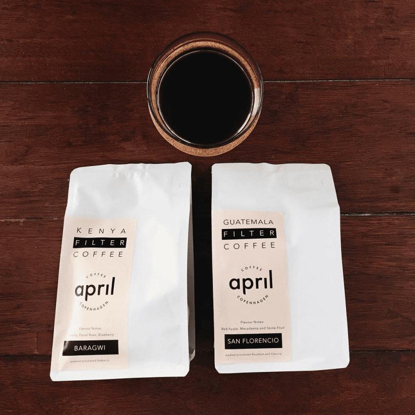 dos tazas de cafe