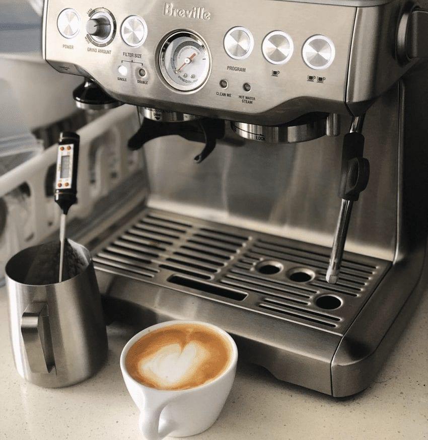 Máquina de espresso Breville