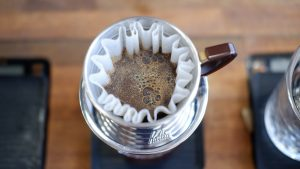 Coffee Brewing in Kalita Wave