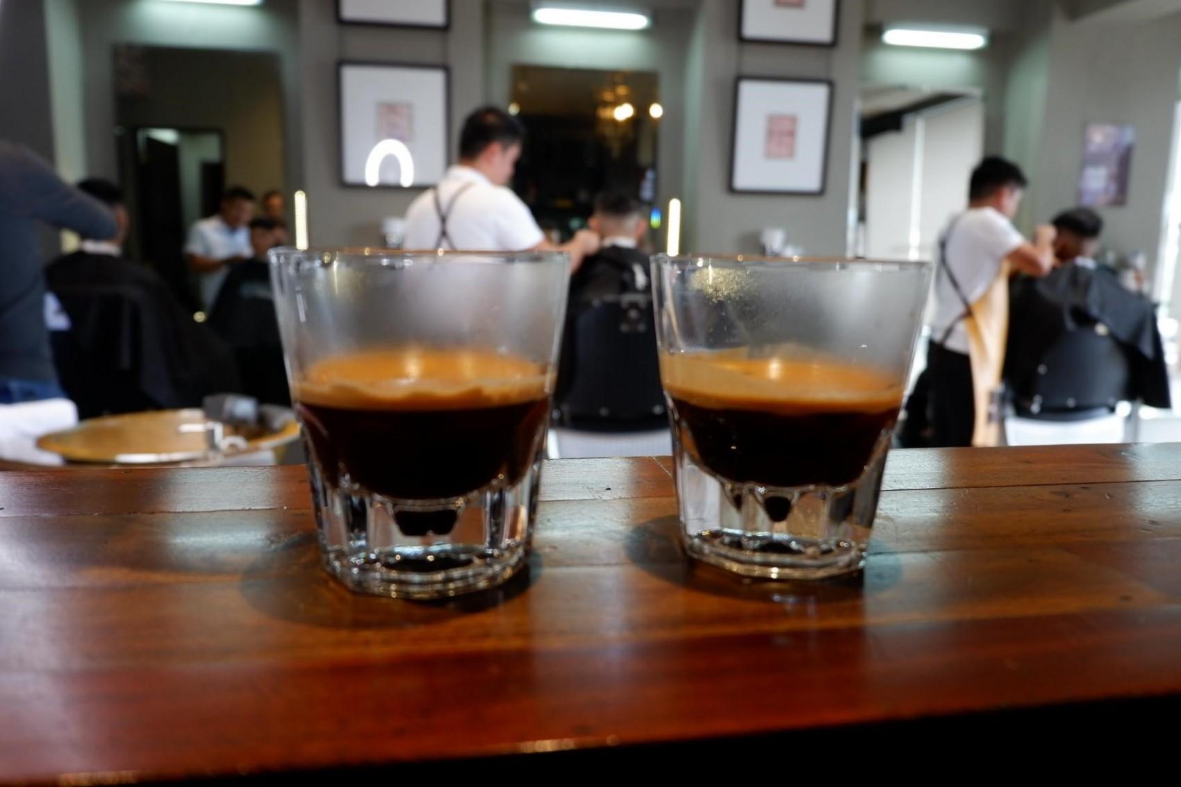 dos espresso listos para tomar