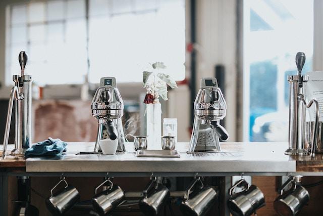 una barra de cafe