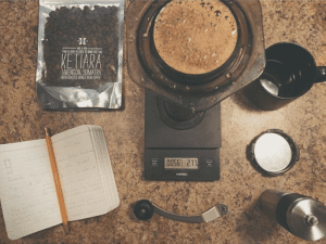 brewing coffee on aeropress