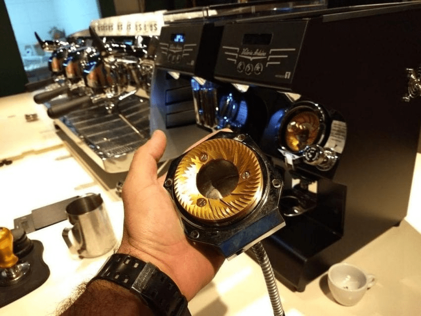 fresas de un molino de cafe