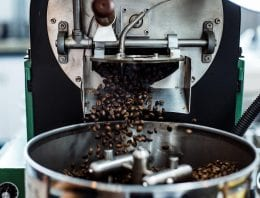 What Happens During Coffee Roasting: The Chemical Changes