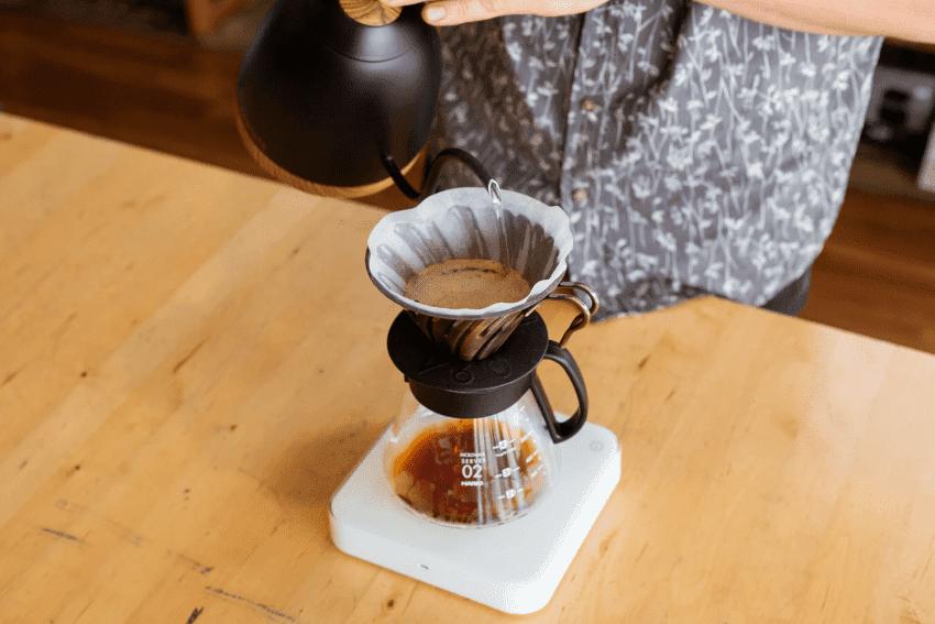 metodo de preparacion v60 con cafe