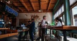 Cómo Abrir Una Tienda de Café Con Pocos Recursos Económicos
