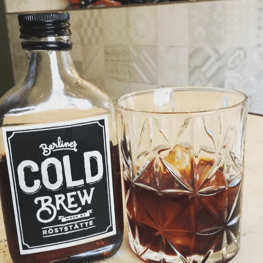 una botella de cold brew