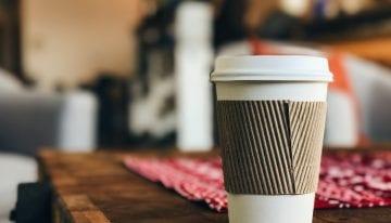 Cómo Reducir el Impacto Ambiental de Tu Hábito Cafetero