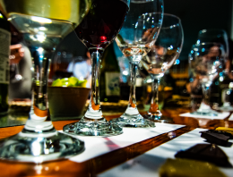 Chocolate & Wine: How to Plan a Perfect Match
