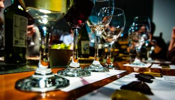 Chocolate y Vino: Cómo Planificar un Maridaje Perfecto